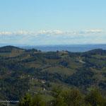 immer wieder eine tolle Fernsicht, hier der Blick über die Weinberge....