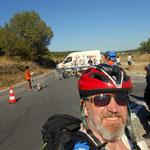 Tag 12, ein Radrennen bremst mich für eine halbe Stunde