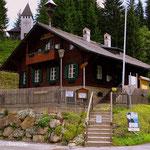 ...die Waldschule, alles wegen COVID-19 geschlossen....