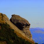 ...beim Aufstieg auf den Hohen Freschen, kann eine bizarre Felsformation besichtigt werden.