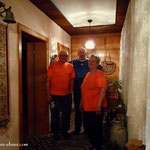 Nach dem Duschen und der Jause, Danke Pepperl, ein Besuch bei Karl und Edith.