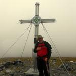 der Gipfel des Speikkogel ist erreicht, frisch, starker Wind