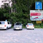 """Der Ausgangspunkt unser heutigen Wanderung der Parkplatz in """"Donaudörfl"""" am Lahnsattel...."""
