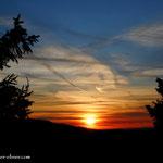 ...Aufbruch bei Sonnenaufgang auf dem Salzstiegel....