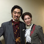 関西二期会「ウィンザーの陽気な女房たち」フルート夫人役・木澤佐江子さんと(2015)