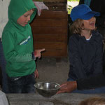 Brotbackstation - Getreide mahlen