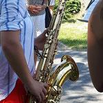 Saxofonklänge des Saxofon - Quartetts des Max-Reger-Gymnasiums zur Eröffnung