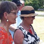 links: 1. Vorsitzende Evelin Hensel KV Amberg, rechts: Regionalbeauftragte Oberpfalz Franken Elfriede Eusemann