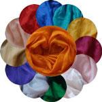 """Seidentücher """"Die 12 göttlichen Strahlen"""" 90x180 cm, eingefärbt mit Pflanzenfarben"""