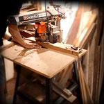 Tagliamo, rifiniamo e decoriamo il legno