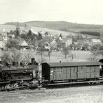 Netphen 1958: Lok 7 mit Personenzug Richtung Weidenau