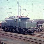 E94 283 Bw Aschaffenburg im Güterbahnhof Wetzlar 1967