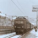 119 002 mit Personenzug von Hagen nach Siegen im Bahnhof Meggen, März 1970,