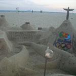 So´ne Sandburgen habe ich schon mit 2 Jahren gebaut! Lächerlich!!!