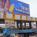 Ja, in bestimmten Gegenden wird auch in Brasilien Maut gezahlt.