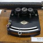 Gundka Klartext Schreibmaschine für Blinde