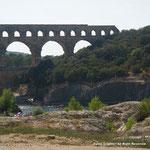 そしてローマ時代の水道橋。