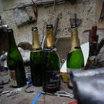 シャンパンがドンドン空いて行きます...