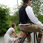 ダルマ自転車もちゃんと走ります。
