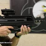 F2000。面白い銃だな〜やっぱり一丁はブルパップが欲しいです。