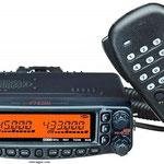 YAESU FT-8800 BIBANDA VHF-UHF AM-FM