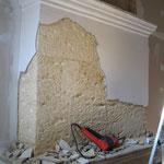 Reprise du manteau et de la cheminée enduits de ciment et peinture