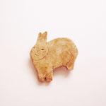 物思いに耽るウサギ