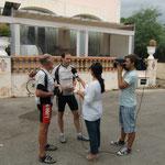 Plötzlicher Überfall eines TV-Kamera-Teams während unserer Schlussetappe