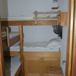 Chambre 2 - 4 lits simples