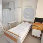 病室  参考価格 2,500円/m2~ 施工時間は応相談