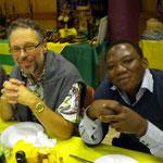 Francis, notre médecin togolais, impressionné par la mobilisation pontoise :)