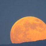 Der Mond geht auf (III)