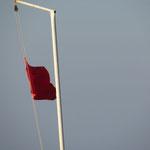 Rote – keine weiße Fahne – gehisst!