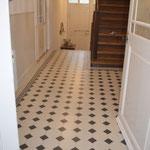 Eingangsboden Treppenhaus