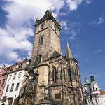 Altstädter Rathaus mit astronomischer Uhr in Prag