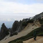 小屋から燕岳までは往復1時間。