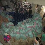 täglich wurden Tonnen an Lebensmittel und Wasser gebracht