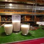 Schriftsetzer haben früher regelmäßig Milch getrunken, um einer Bleivergiftung vorzubeugen