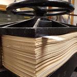 eine Papierpresse