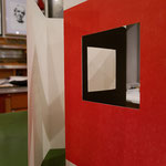 Hier die Musterkarte mit den roten und schwarzen Druckflächen sowie den Fenstern