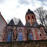 Die wiederaufgebaute St. Stephan Kirche ...
