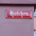 sind farbblich unterschieden und in der Altstadt in Fraktur