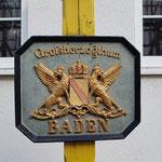 davon steht das einstige Wappen von Baden ...