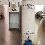 und nun noch die Hände waschen