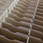 Die Schachteln verpackt