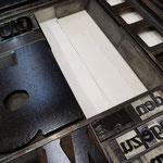 eingelegt auf dem Drucktisch für die Textzeile