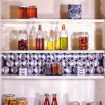 Kitchen-shelf, Oakland 1990