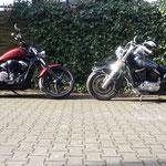 Yamaha XVS1300custom und Kawasaki VN800