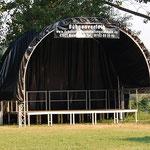 Bühne 5x4m mit Geländer und Runddach