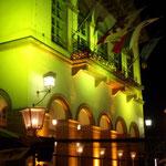 Fasadenbeleuchtung mit Walllights und Floorspots